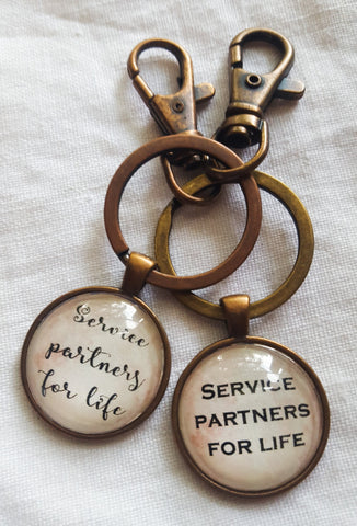 Service Partners for Life Couple Set, Two Keyrings Or Keyring and Necklace, Parchment, Antique Copper, Best Friends, Pioneer, SKE