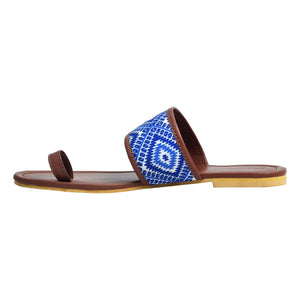 Blue Geometric toe loop
