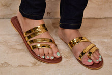 Load image into Gallery viewer, Golden strap sandal