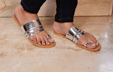 Load image into Gallery viewer, Silver strap sandals