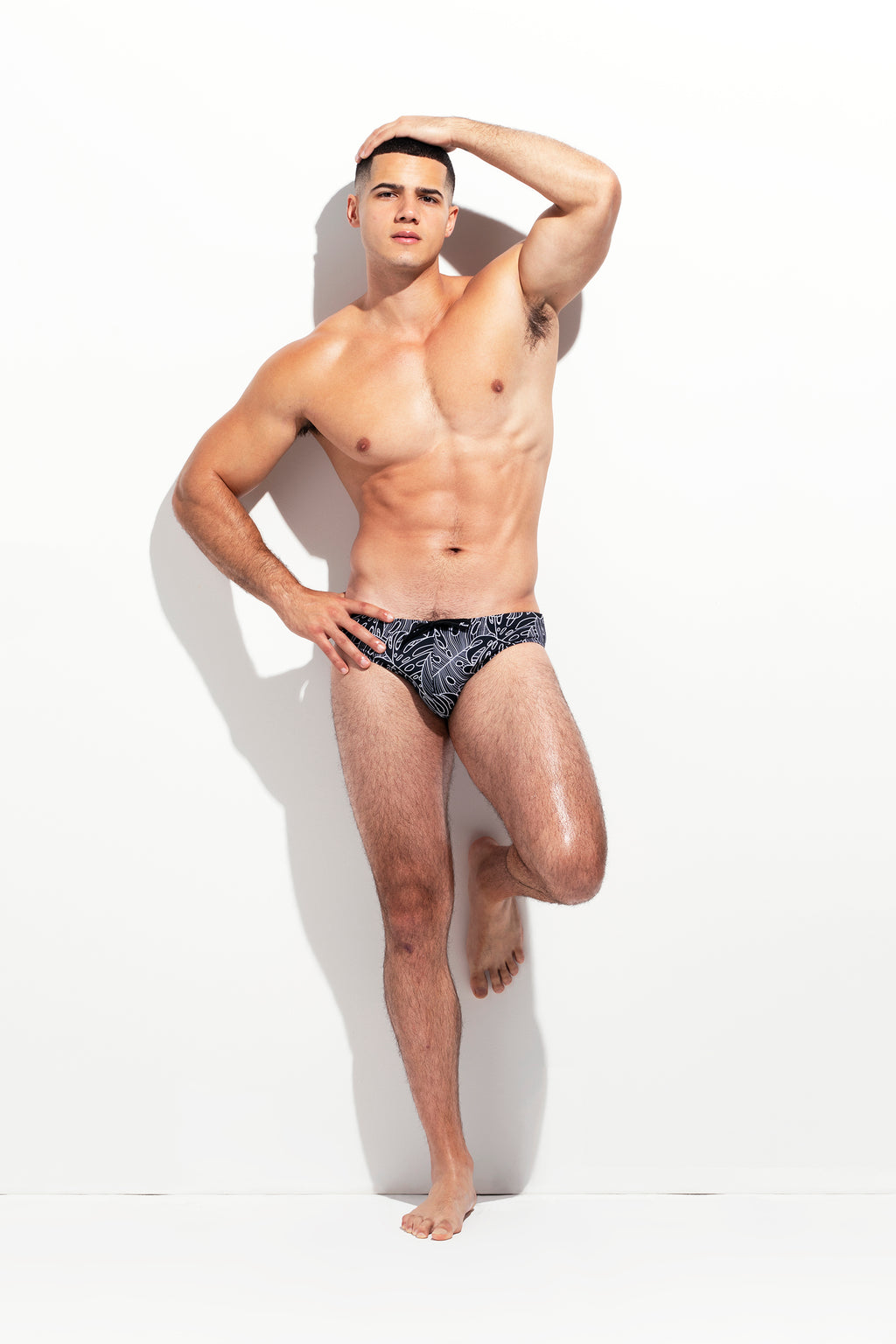 CLASSIC CUT SWIM BRIEF LEAF PRINT