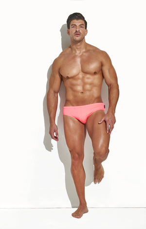 CLASSIC CUT SWIM BRIEF HYPER PINK