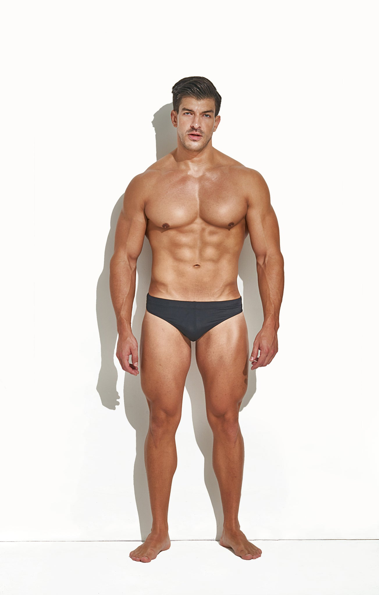 SWIM THONG BLACK