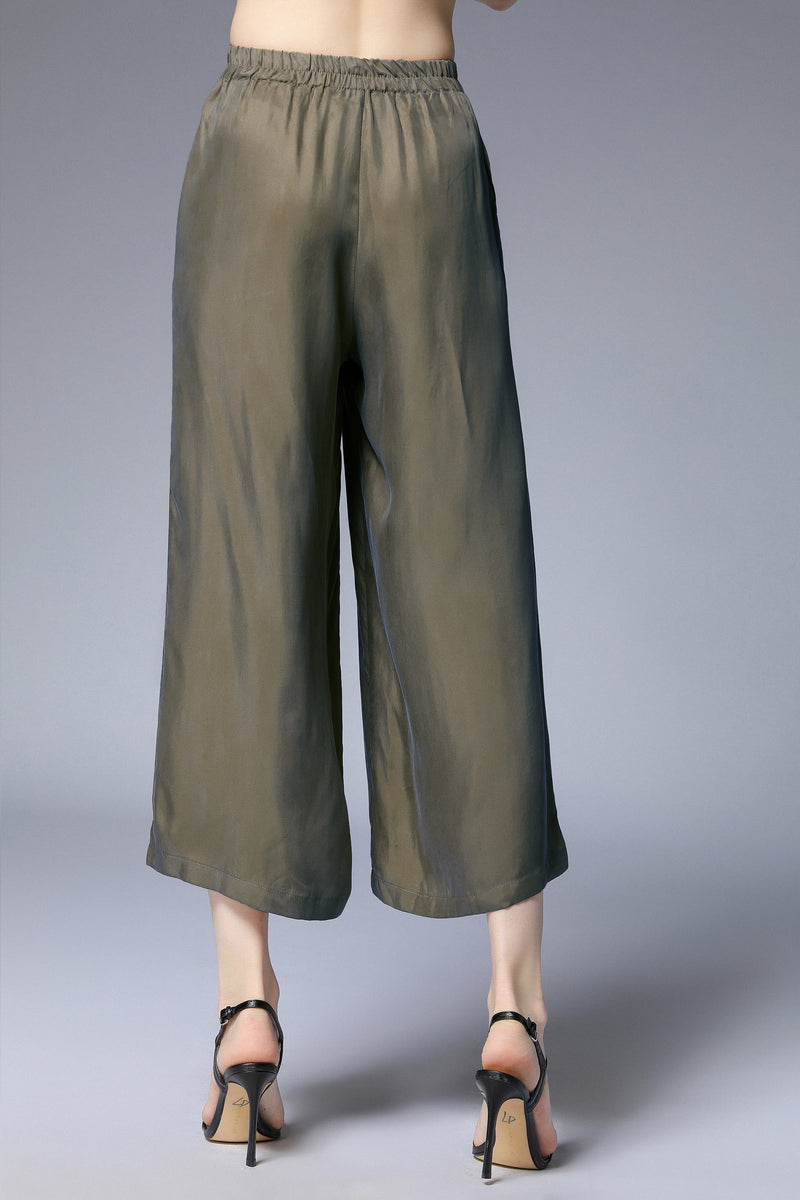 Flow Green Quarter Pants