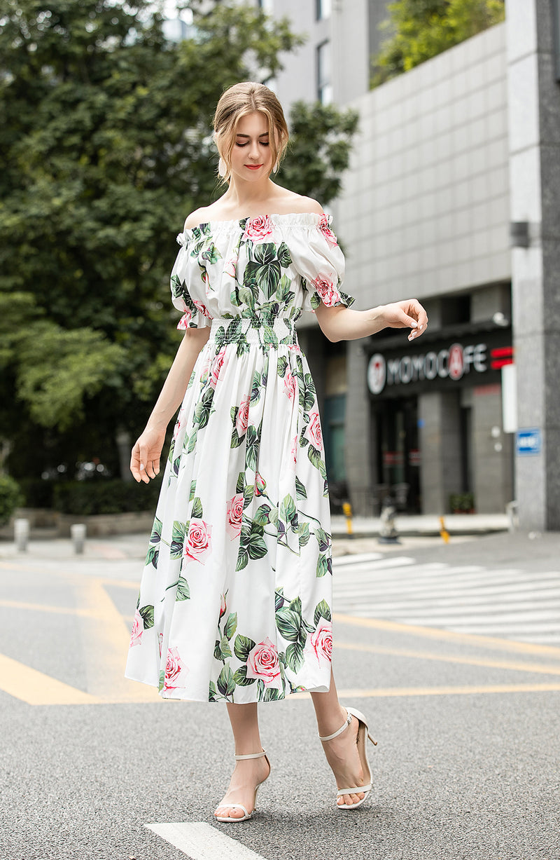 Pink roses floral print Dress in white