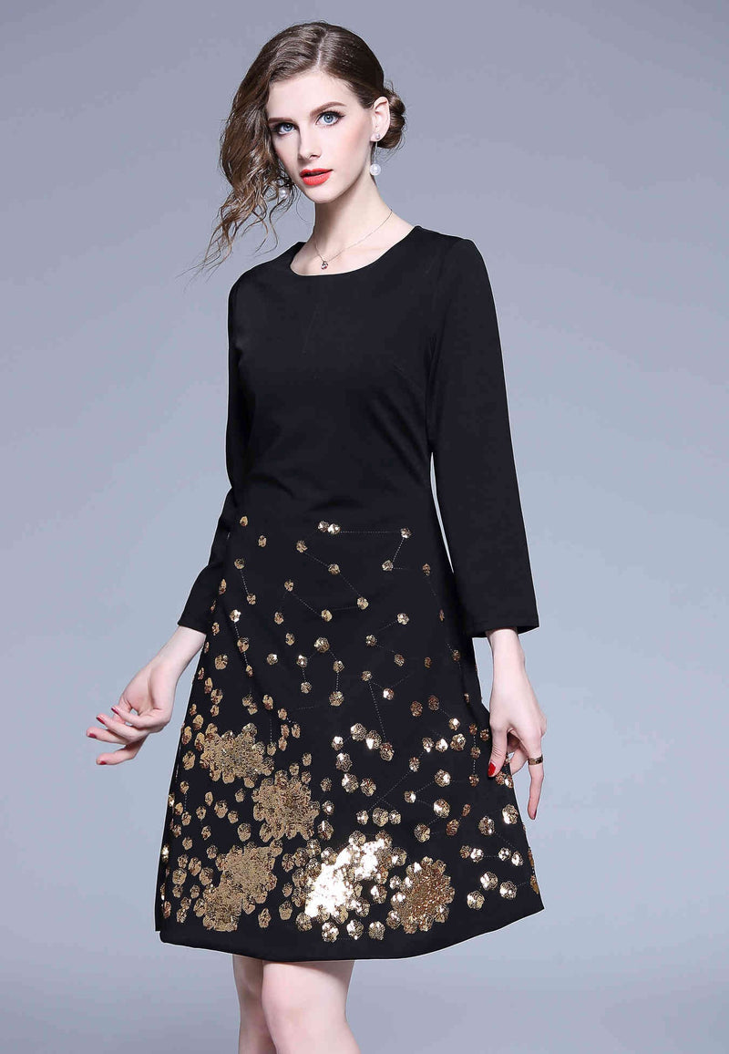 Low Patterns Black Dress