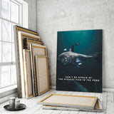 Biggest Fish In The Pond - Mockup mit Hintergrund 1 - Hustling Sharks
