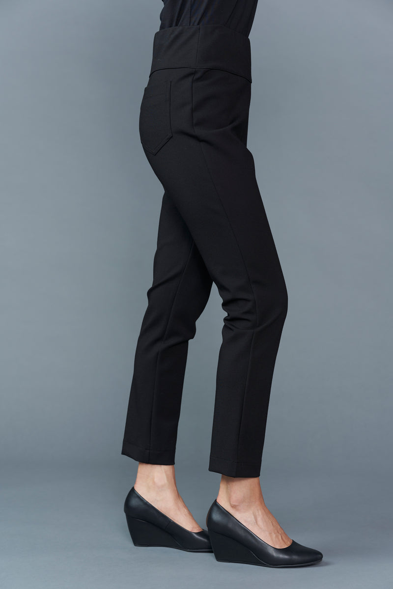 Cora Petite Pull on Ponte Pant - Black