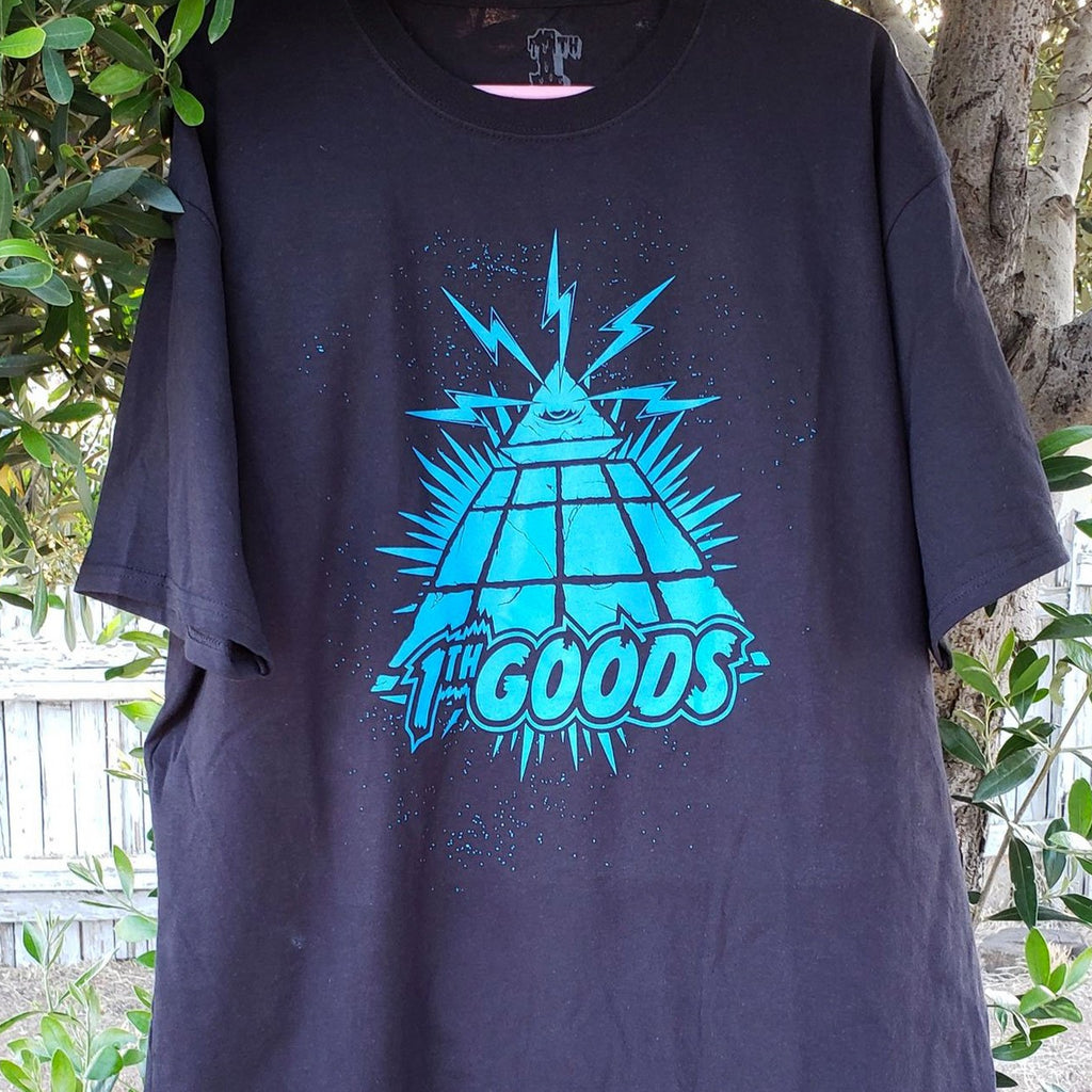 Pyramid Scheme Short Sleeve