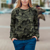 Street Style With Japanese Chin Camo Sweatshirt V1