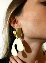 Load image into Gallery viewer, Forest Grand Fauvism Earrings