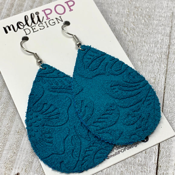 Turquoise Suede Etched Daisy Teardrop