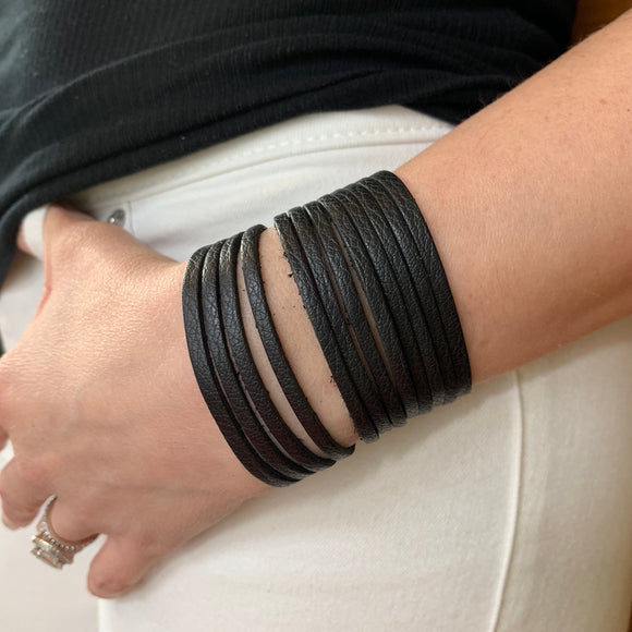 Black Leather Slit Cuff