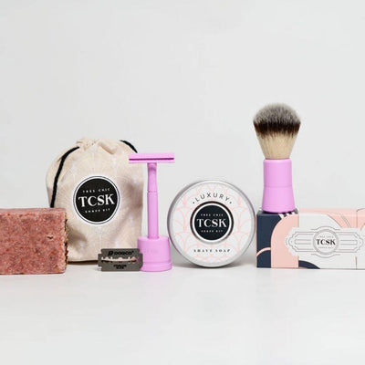 𝑻𝒉𝒆 𝑮𝒐𝒅𝒅𝒆𝒔𝒔 Deluxe Kit - Très Chic Shave Kit