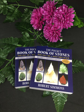 The Pocket Book Of Stones - Robert Simmons