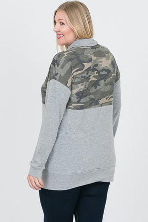 Curvy Babe Camo Zip Up