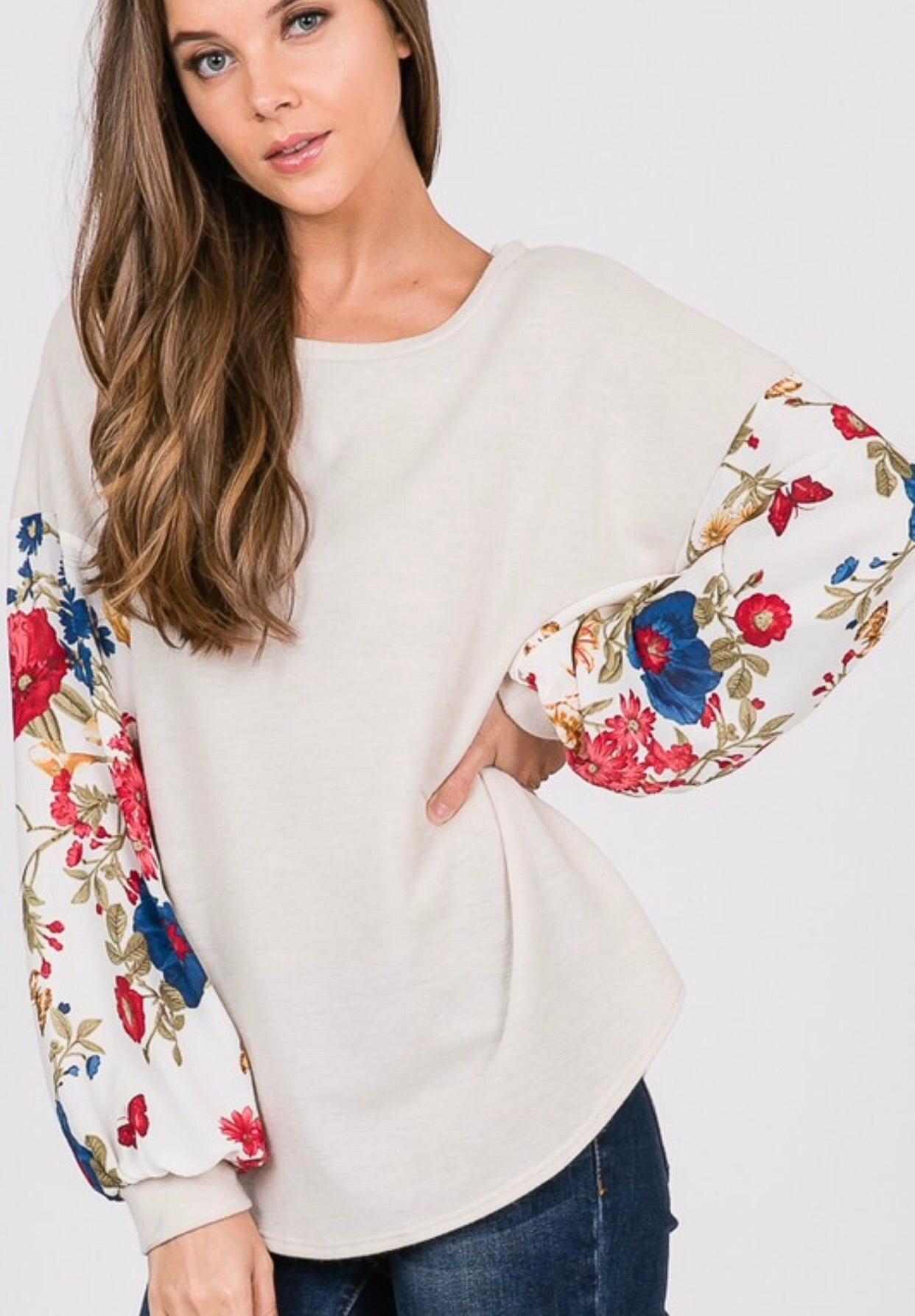 Floral Sleeved Knit Top