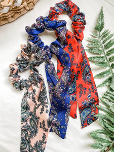 Paisley Scrunchie Scarf