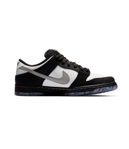 Tênis Nike Low Pro OG x Staple