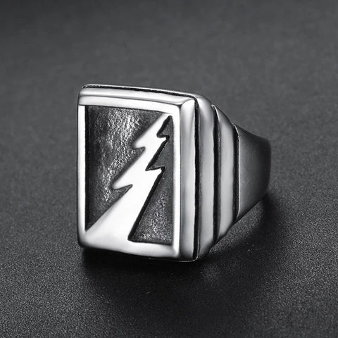 STRIKER RING
