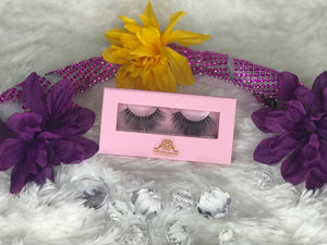 Boss Lady Eye Lashes Extension by ChichiGlam
