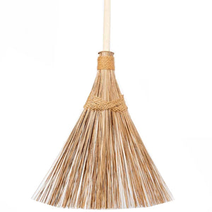 Life Wild | Eco Max Natural Coconut Palm Frond Outdoor Broom