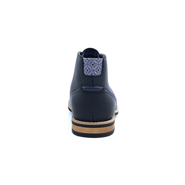 Neat-Footwear-Case-Chukka-Black-Heel-Product-Page