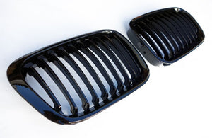 BMW E46 4-Door 98-01 Gloss Black Kidney Grilles