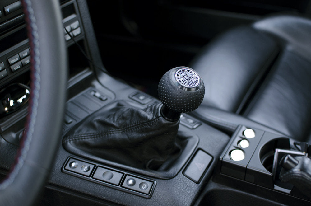 BFI Heavy Weight Shift Knob SCHWARZ - Air Leather (VW/Audi Fitment)
