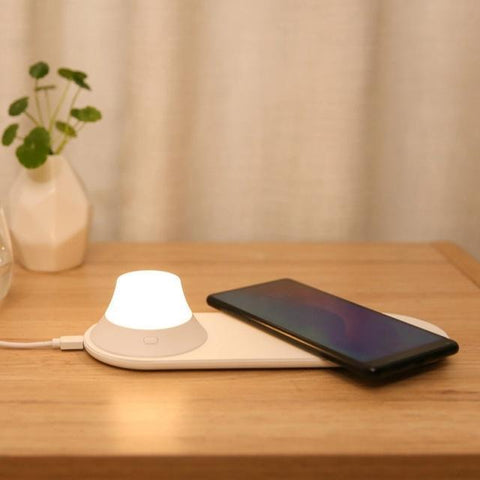 LED Night Light Phone Wireless Charger Penguin Delivery