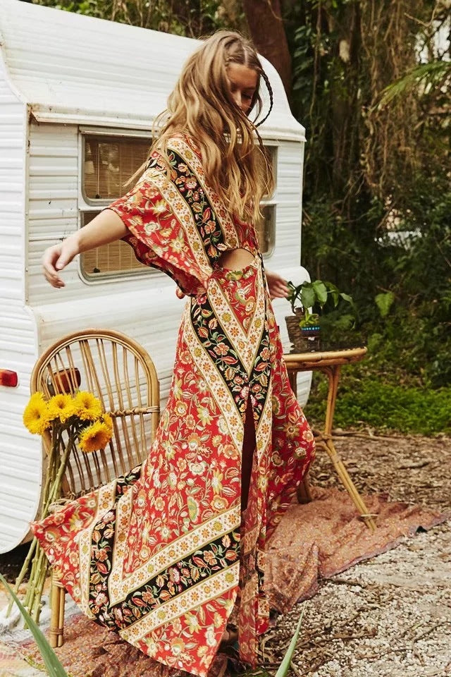 red backless boho dress. Backless chic boho flare dress. boho dress. boho dresses. backless maxi dress. boho maxi dress. boho red dress
