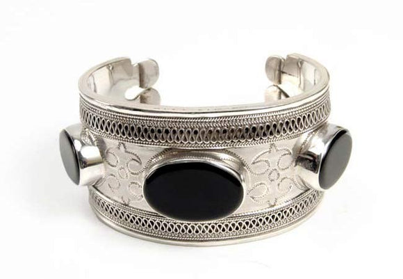 Enchanting Beauty - Silver Bracelet