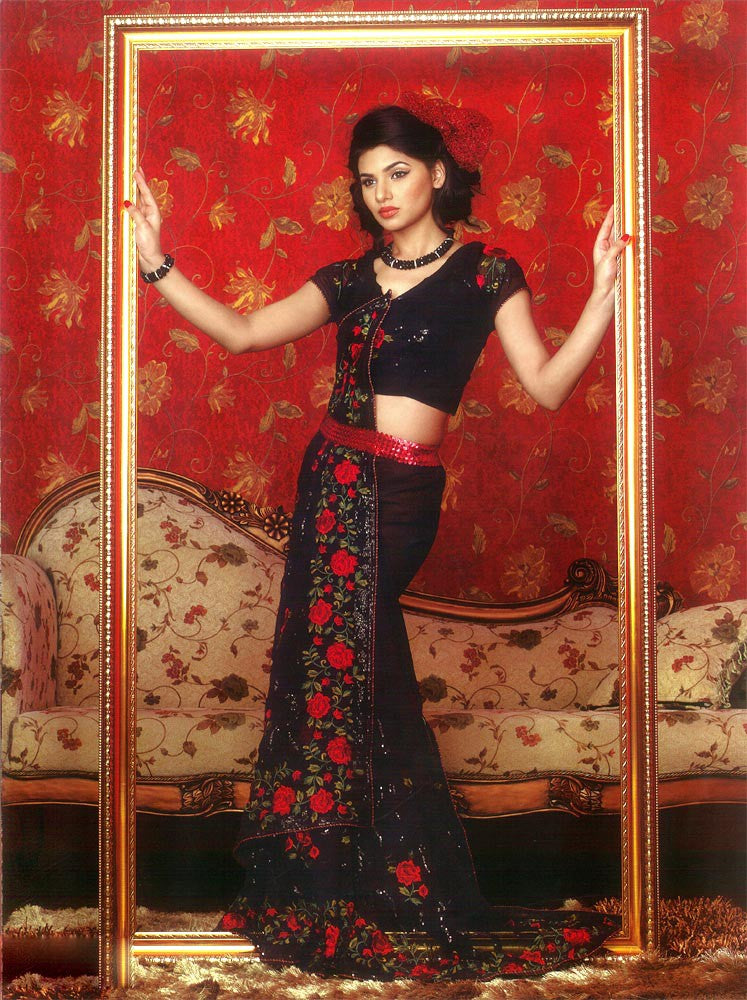 Superb Georgette Black Sari with Resham Thread Embroidery & BlackSequins Work