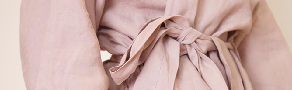 bisque robe close up