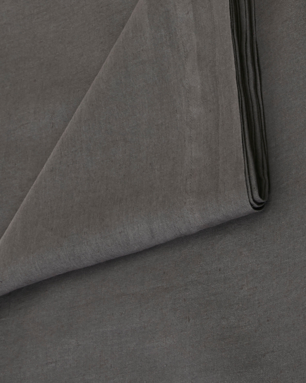 Babette Linen Tablecloth in Ash Gray
