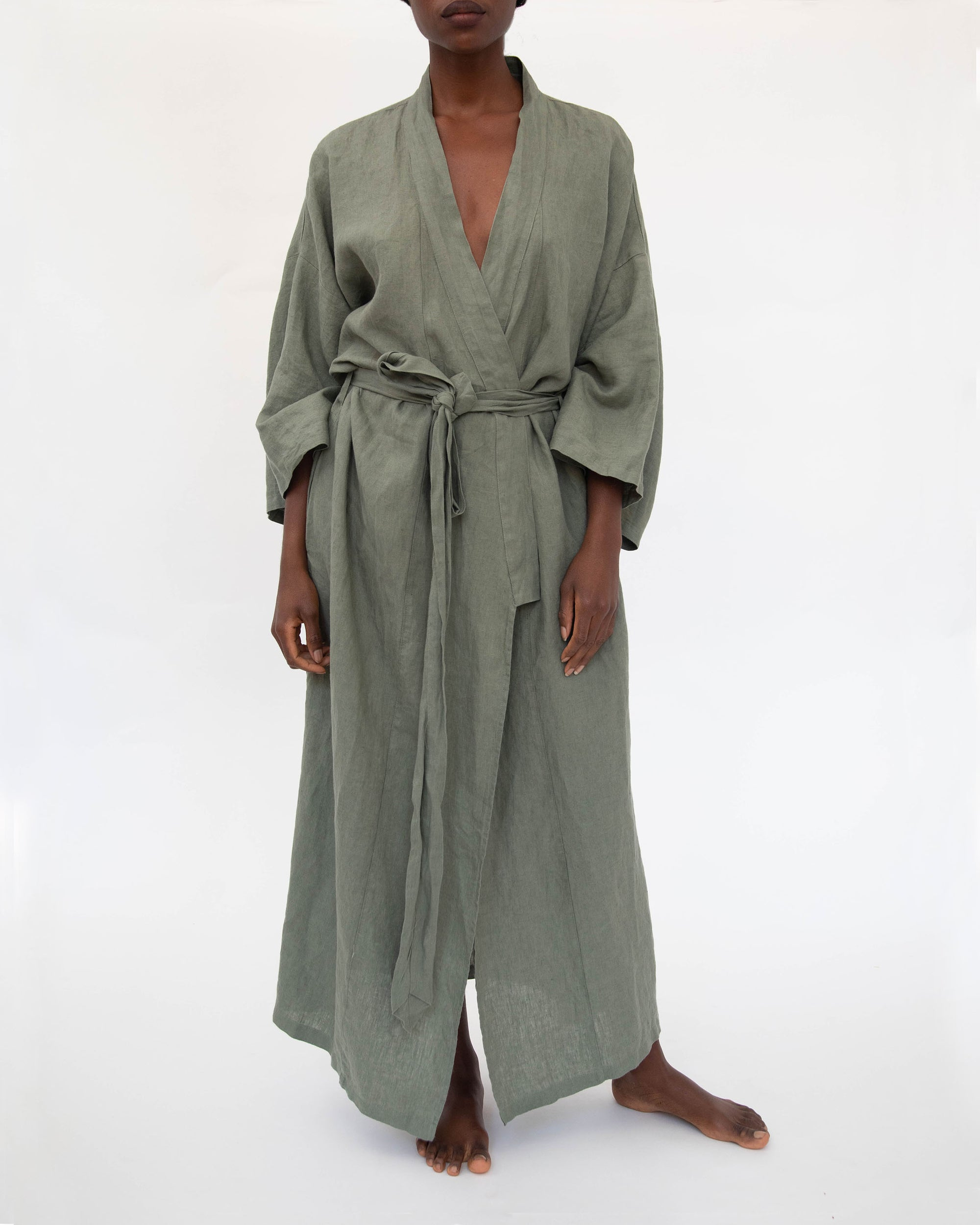 Sai Full-Length Linen Robe