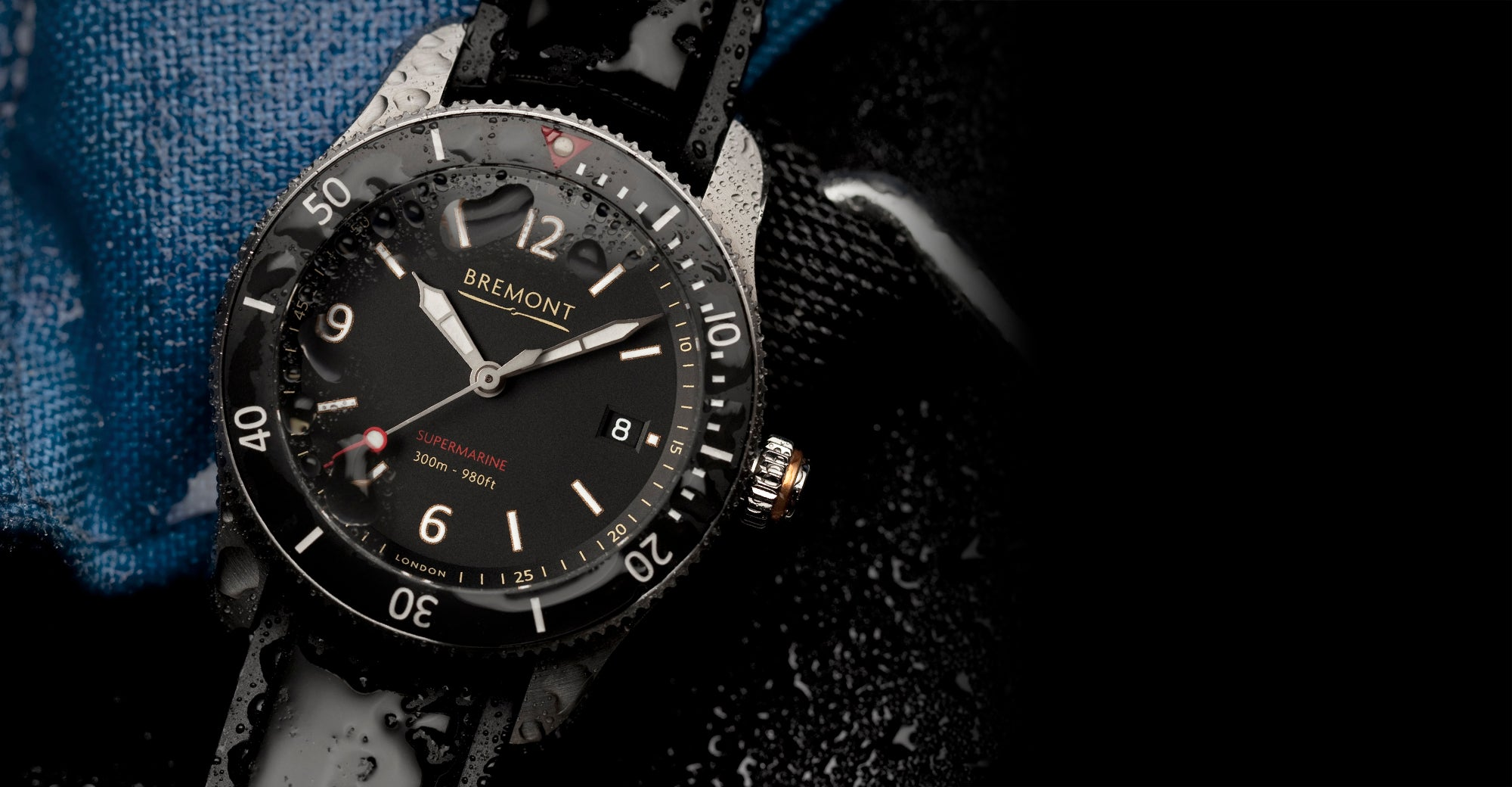 Bremont S300 Black Hero