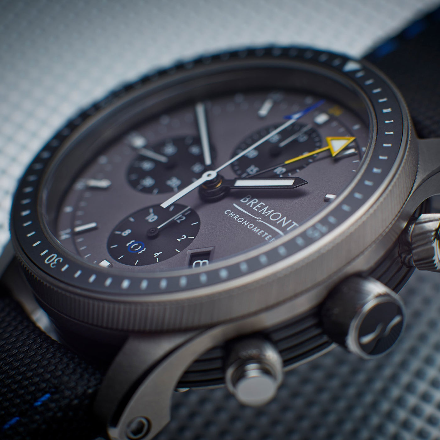 Bremont Boing Model 247 Ti GMT 2