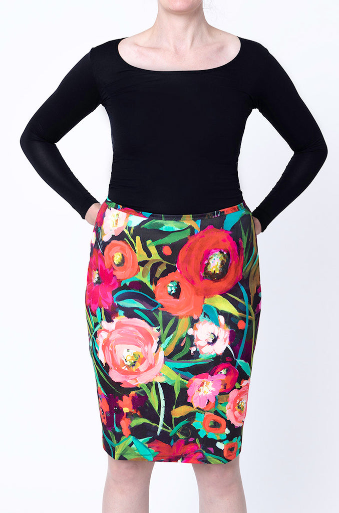 Pencil Skirt / Flor de Otoño, Nina Ramos