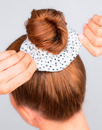 Kitsch's Microfiber Towel Hair Scrunchies in Micro Dot - Product View