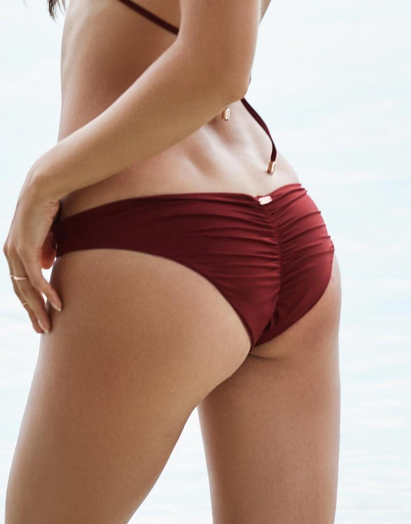 Rocky Skimpy Bottom