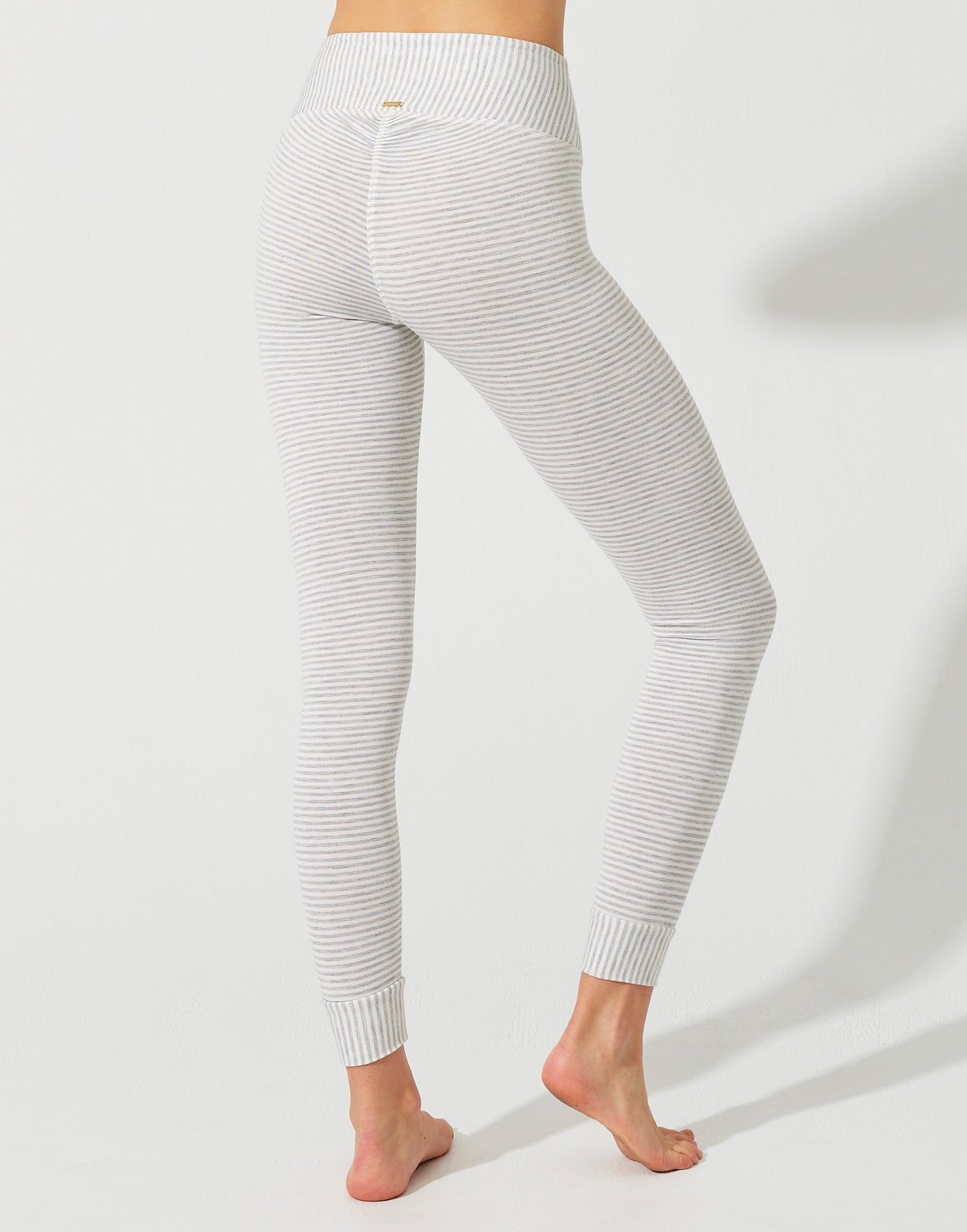 Cameron High Waist Legging in Grey/Cream - close up view