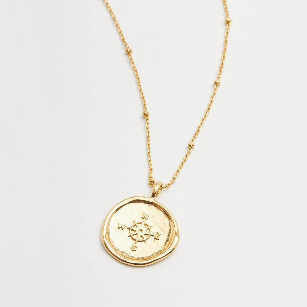 Compass Coin Necklace Gold Detail