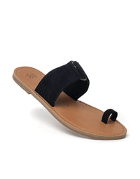 Malvados Icon Tori Sandal in Black - angled view