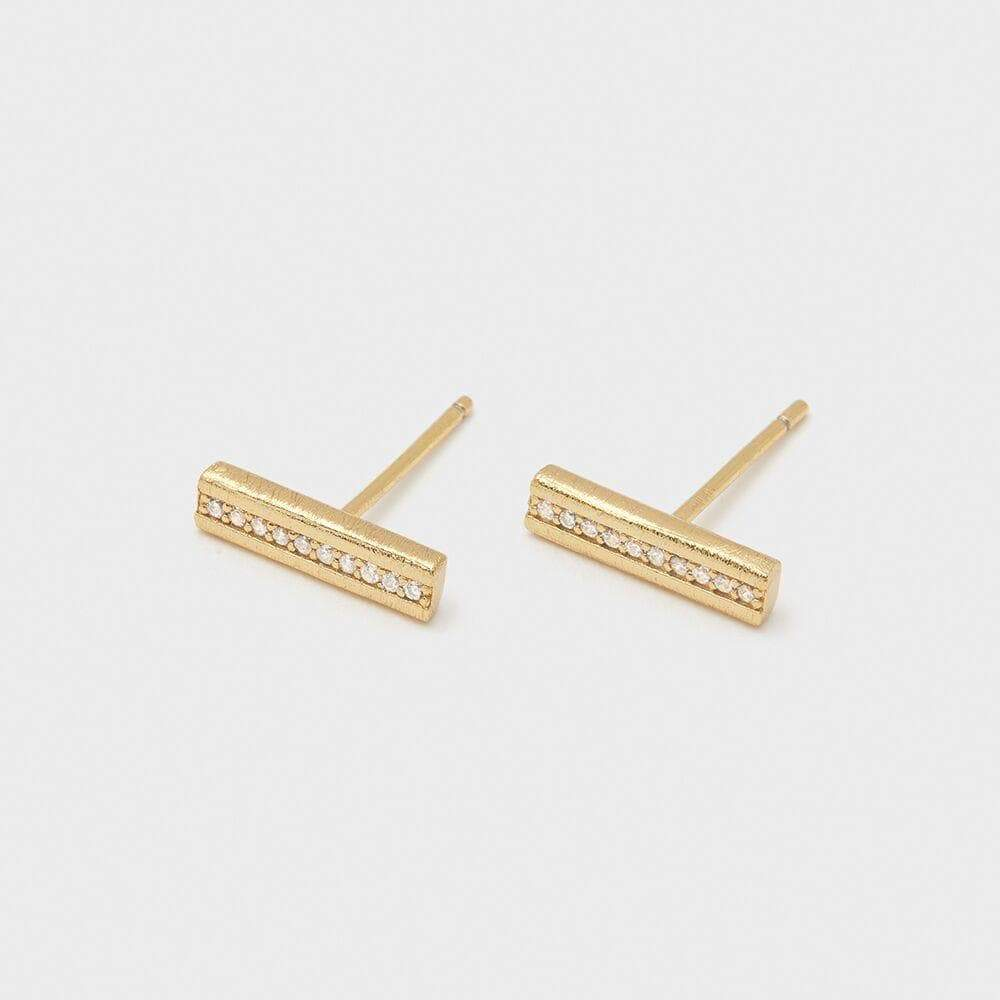 Nia Shimmer Studs in Gold - detail view