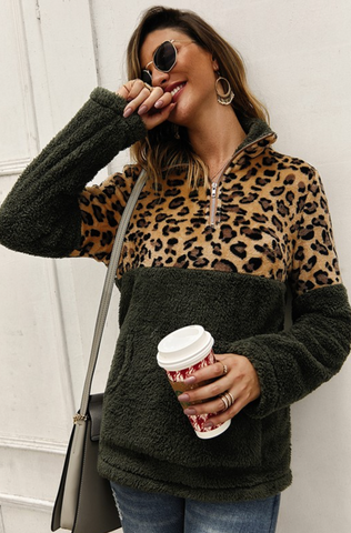 Sherpa Fleece Leopard Pullover - Leopard/Hunter Green