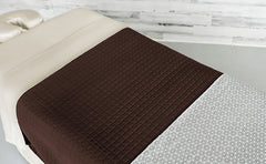 Cream Linens with a Chocolate Quilted Blanket & an Athena Premium Saddle