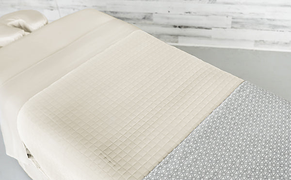 Cream Linens with a Cream Quilted Blanket & an Athena Premium Saddle