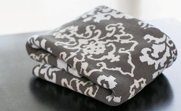 King Damask White/Grey/Cream