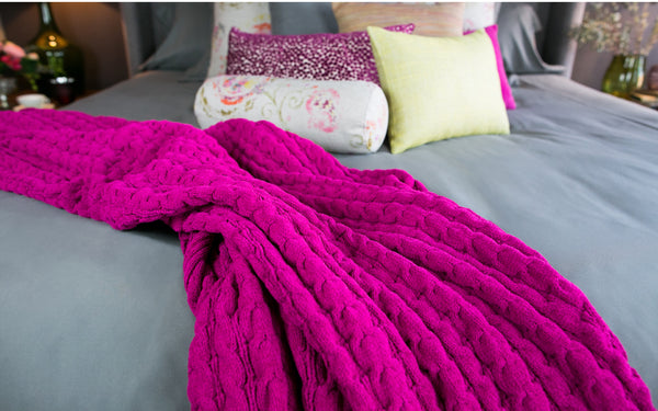 Bubble Cable Knit Throw